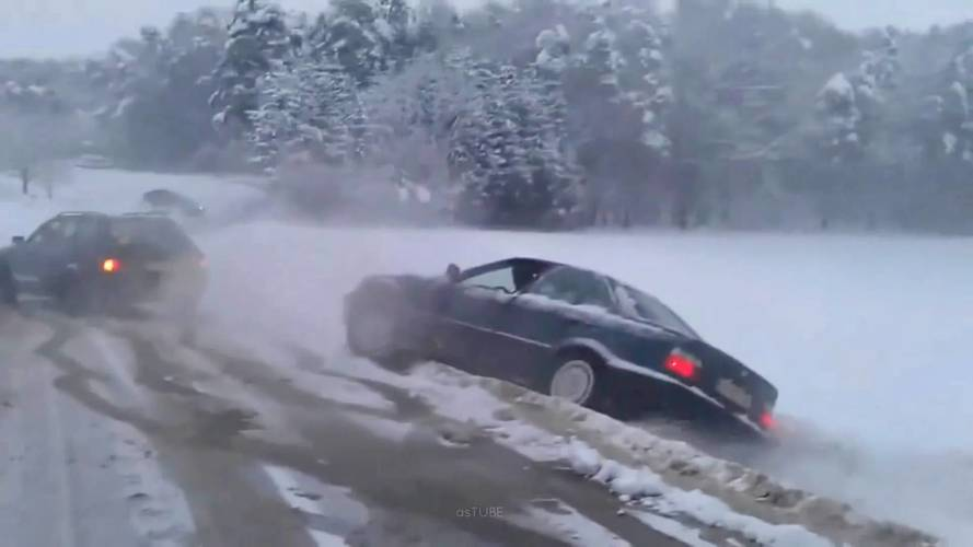 Audi 80 Puts Quattro To Good Use By Towing Stranded BMW 3 Series