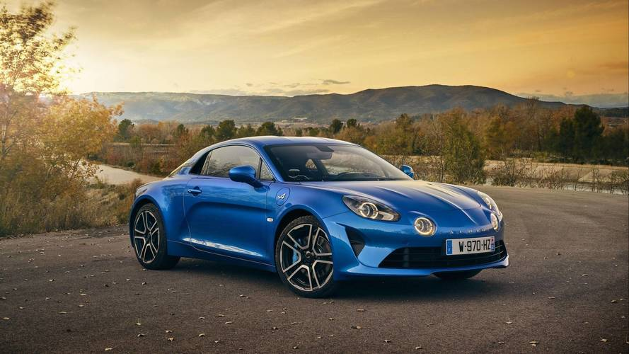 Alpine A110 Ready For Its Close-Up In New Eye Candy Photos, Videos