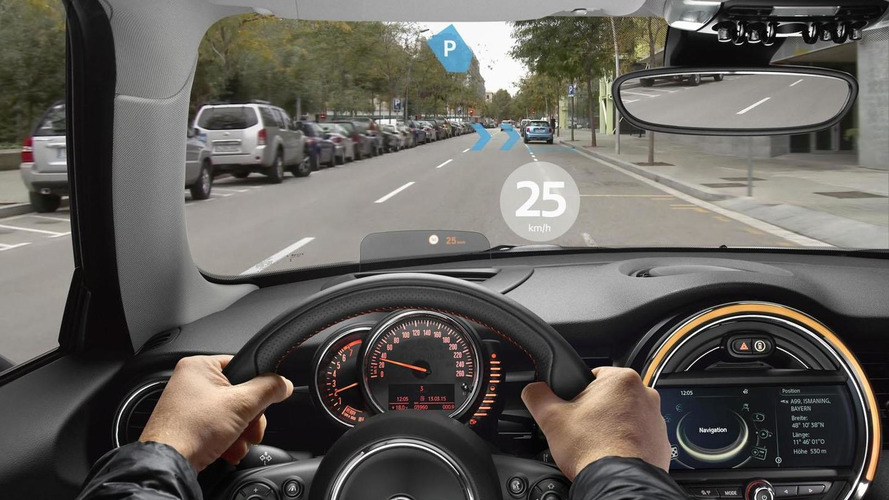 MINI Augmented Vision technology to debut in Shanghai