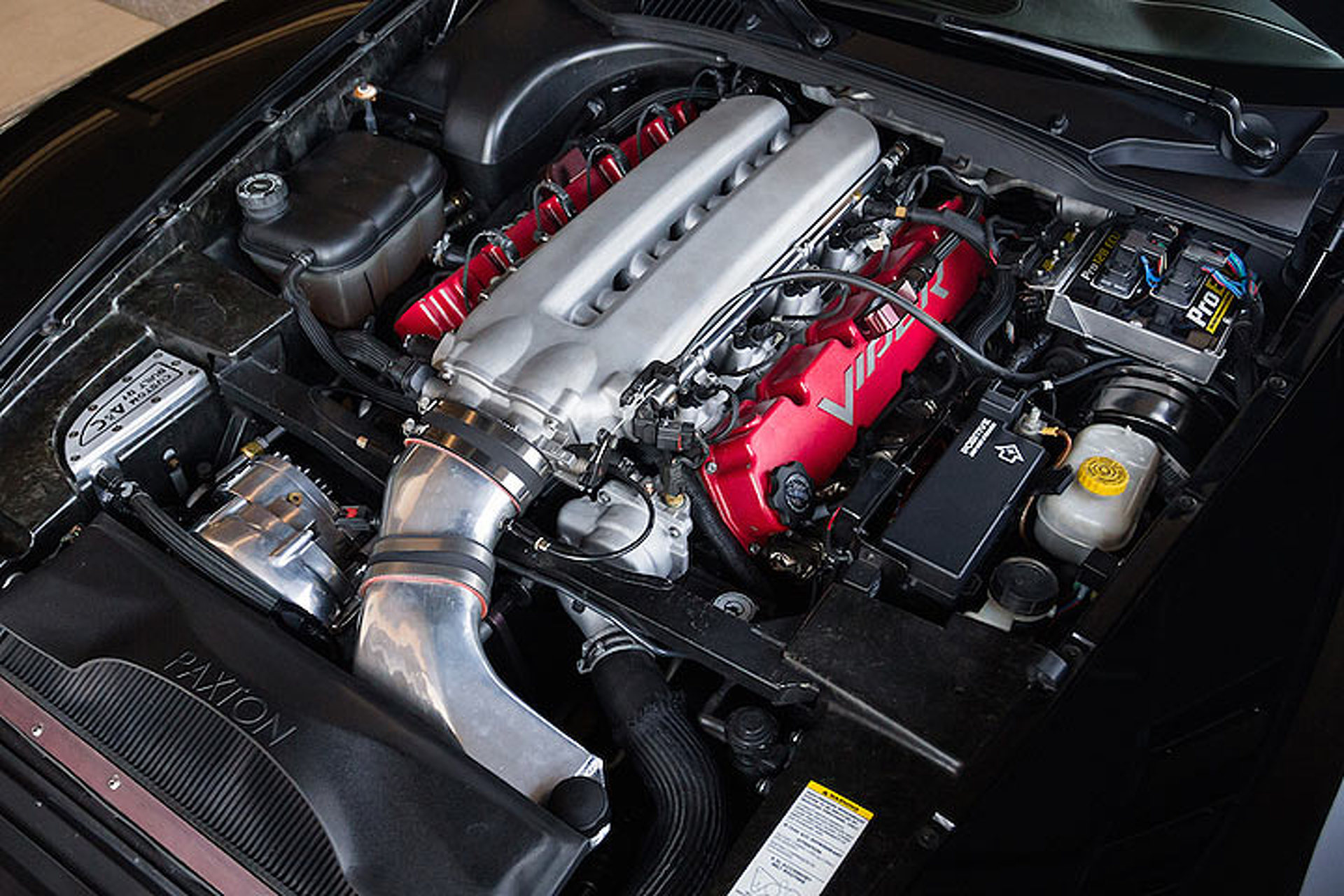 This Dodge Viper Packs 1,000 HP and Looks the Part Too