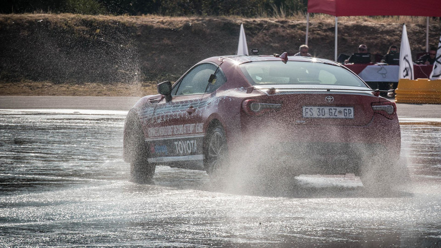 Toyota GT86 Record Drift Attempt