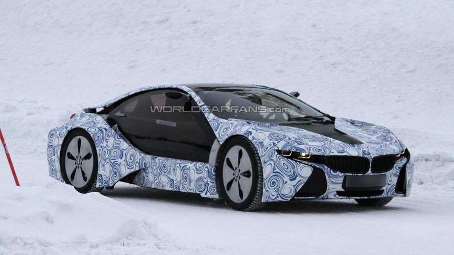 BMW i8 spied sliding on ice [video]