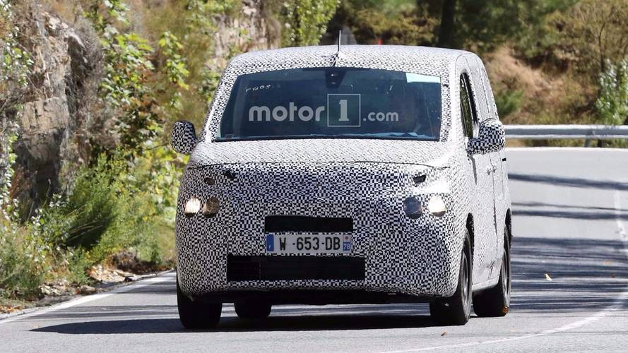 Peugeot Partner - Citroen Berlingo Spy Photos