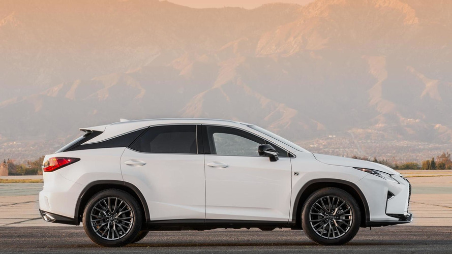 2016 Lexus RX revealed in New York