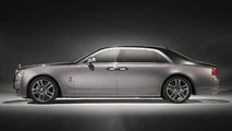 Rolls-Royce Ghost Elegance shines with diamond-studded paint