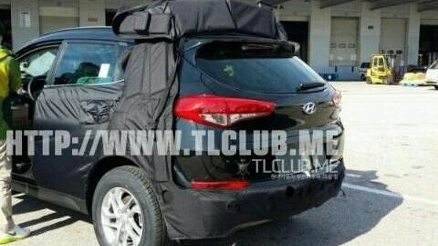 2016 Hyundai ix35 / Tucson spied in South Korea including interior pictures