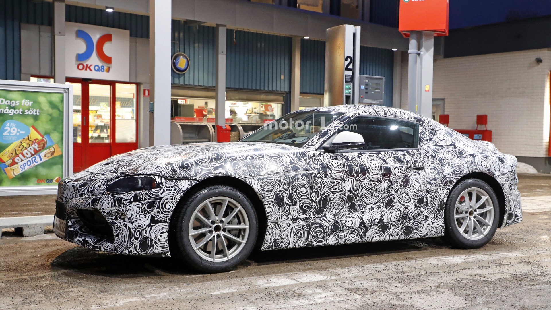 Spy shots 2018 toyota supra spied in detail at gas station