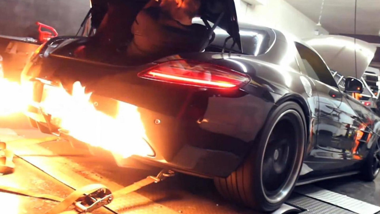RADO Twin-Turbo Mercedes-Benz SLS dyno video screenshot