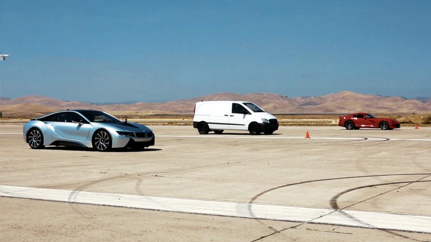 Atieva EV prototipi kalkışta BMW i8 ve Dodge Viper'ı geçti