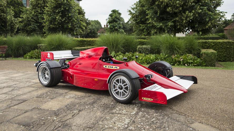'Yola çıkması yasal' F1 aracı açık arttırma ile satılacak