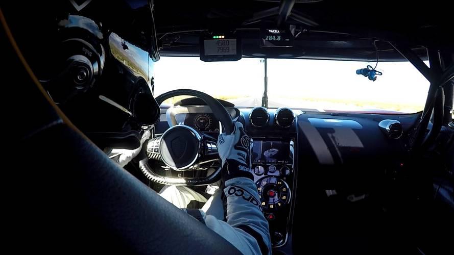 Agera RS'in rekor kırdığı performansı içeriden izleyin