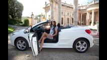 Miss Italia e Miss Peugeot 2011 sulla Peugeot 207 CC
