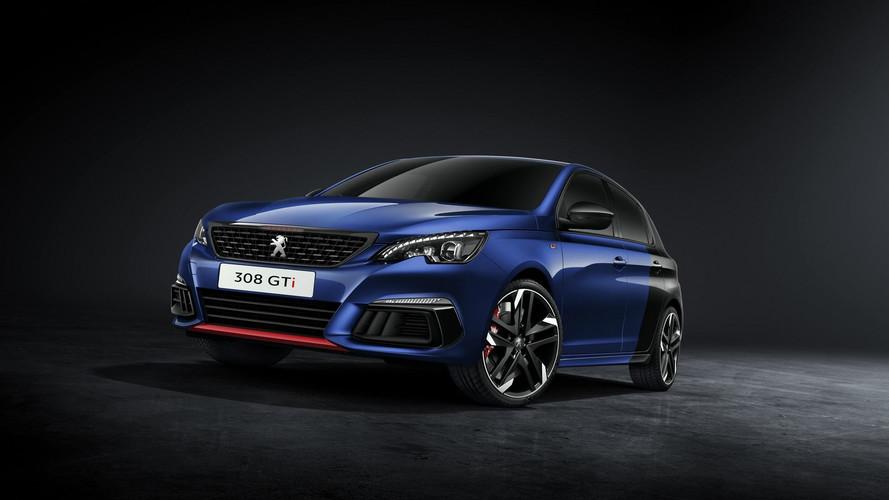 2018 Peugeot 308'in yeni fotoğrafları ve videoları geldi