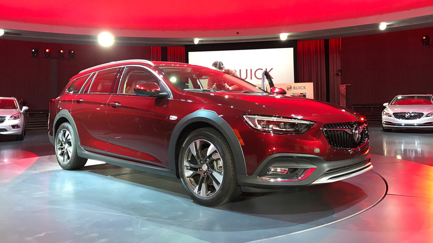 2018 Buick Regal Arrives With Sportback And Wagon Body Styles