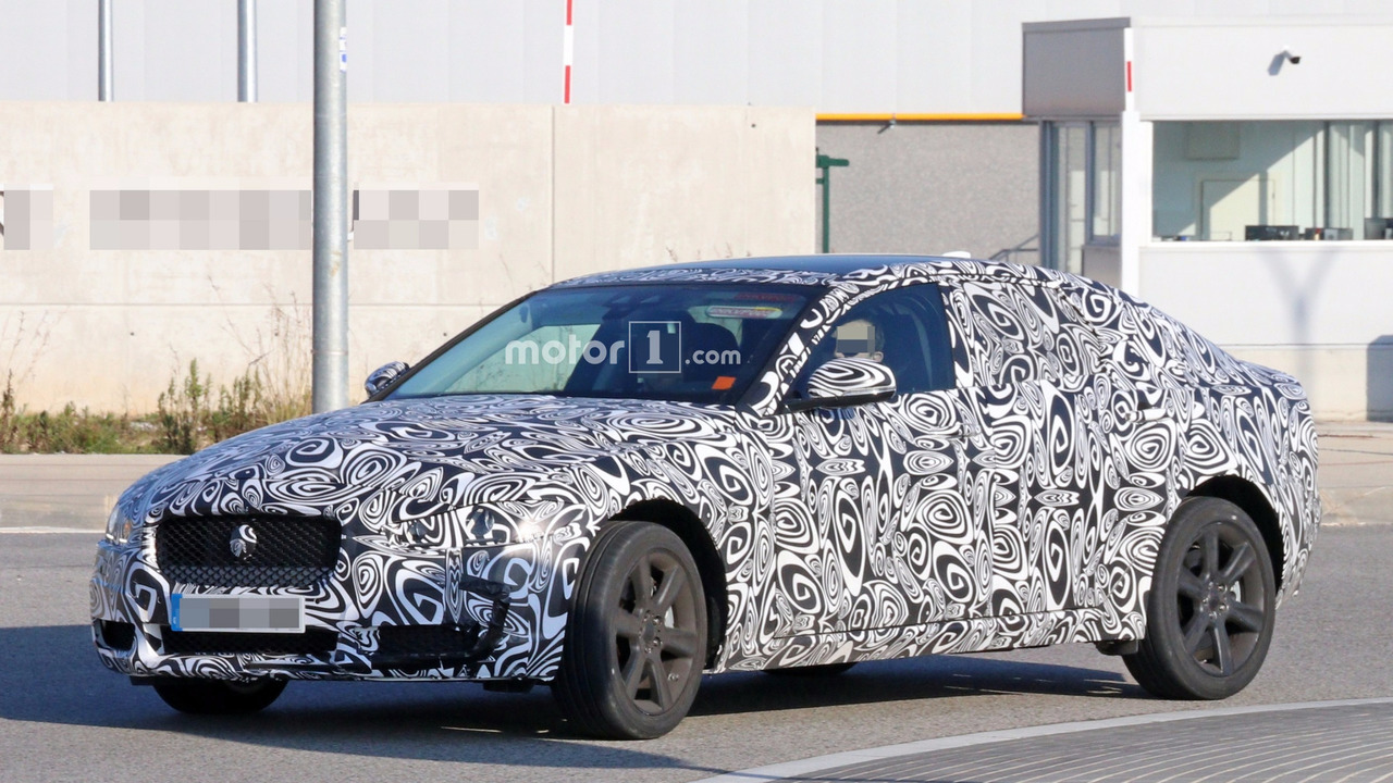 Unknown Jaguar XF prototype spy photo