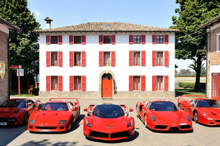 Guy Drives From UK to Italy in Classic Ferraris to Pick Up New LaFerrari [Video]