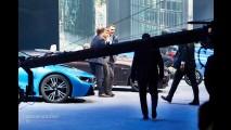 BMW CEO'su Harald Krueger Frankfurt'ta Sahneden Düştü