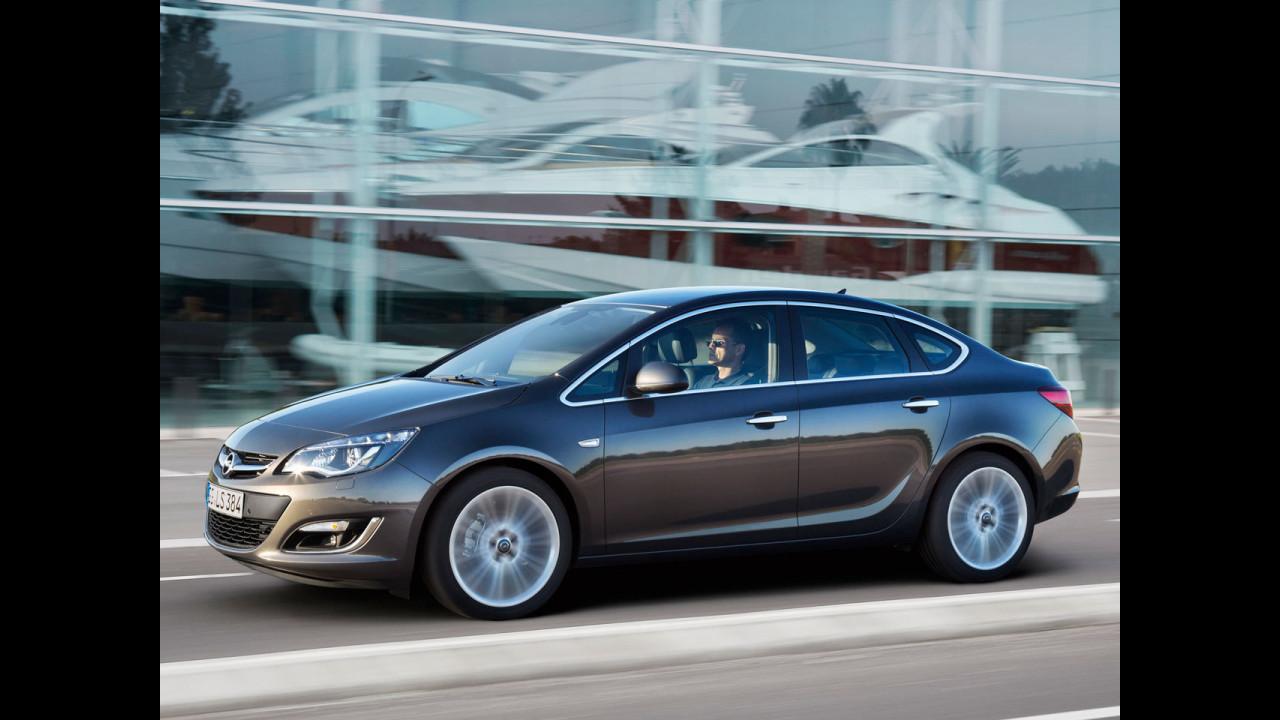 Nuova Opel Astra Sedan