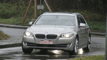 BMW 5-series Touring Spied