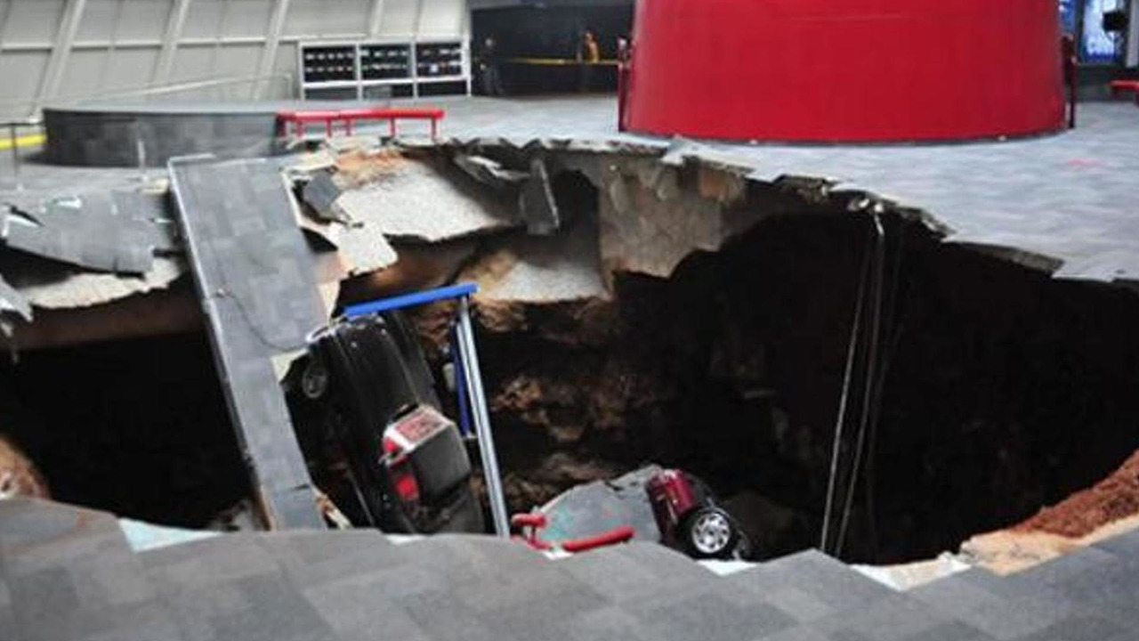 Sinkhole at the National Corvette Museum