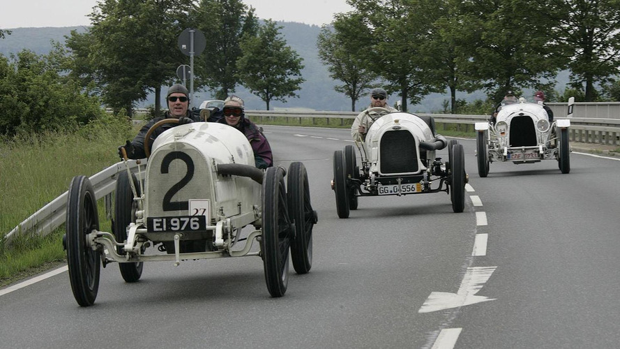 Opel celebrates the 100th anniversary of the Grand Prix de Lyon with three original race cars