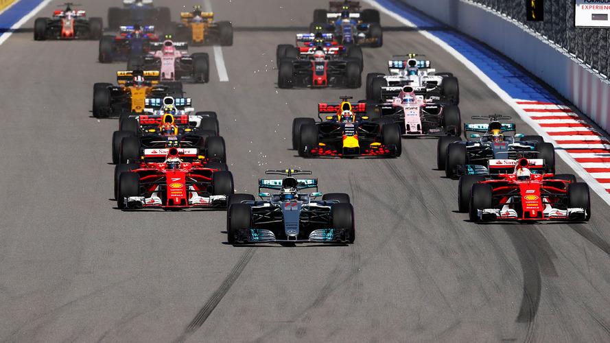 São já 64 pole positions para Hamilton, agora em Espanha