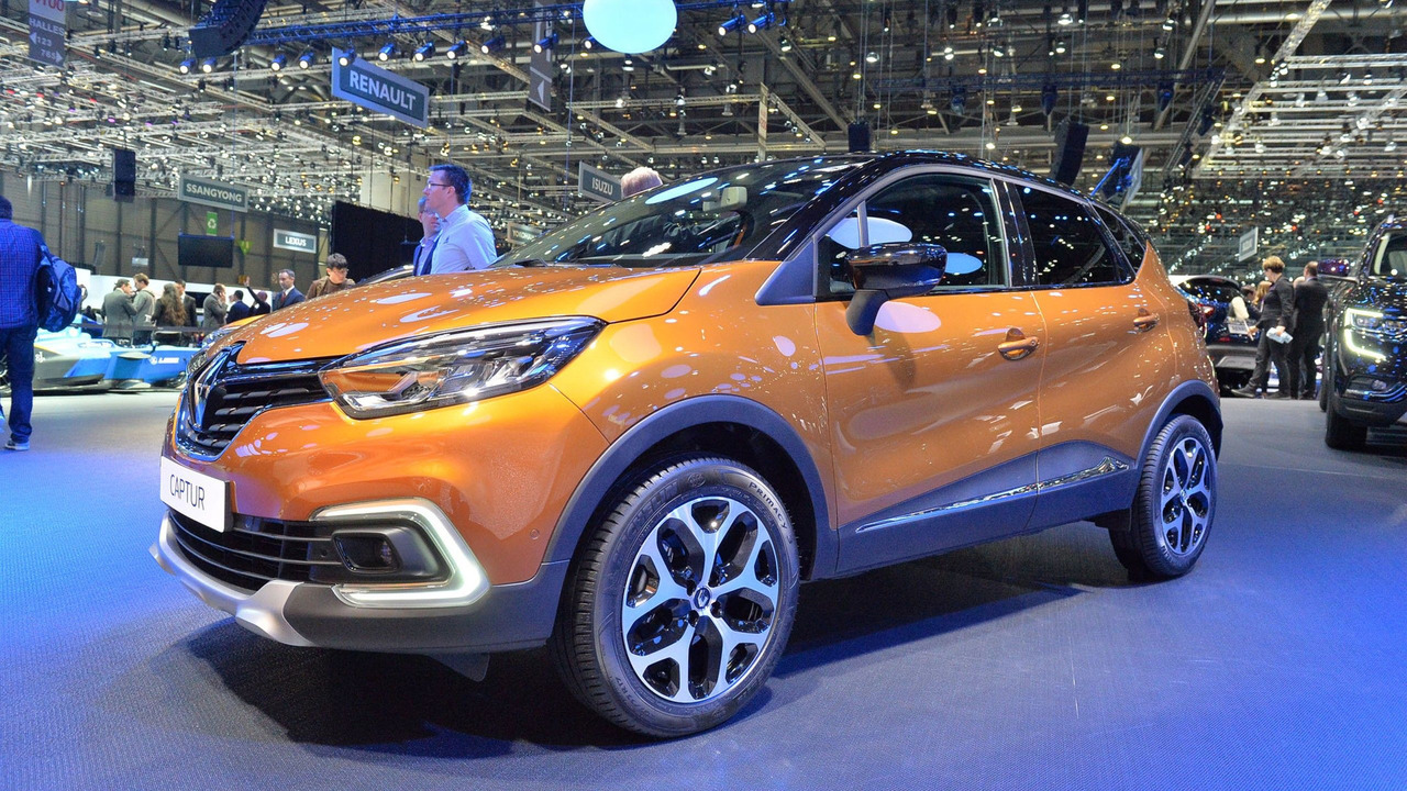 2017 renault captur facelift gets full led headlights. Black Bedroom Furniture Sets. Home Design Ideas