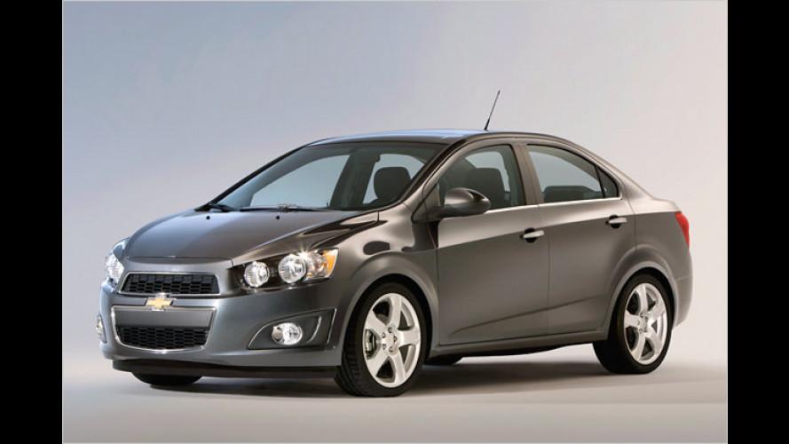 Chevrolet Sonic: Neuer Aveo erstmals mit Stufe zu sehen