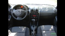 Avaliação - Renault Logan Expression 1.6 16v Hi-Flex Automático 2012