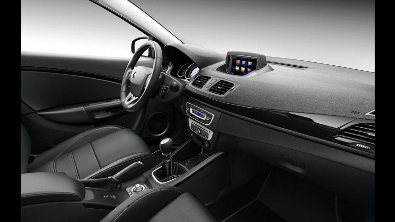 Renault mostra Megane Coupé-Cabriolet de cara nova na Europa