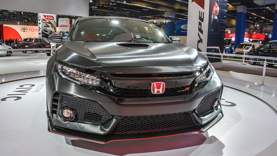 New Honda Civic Type R gets plenty of attention in Montreal
