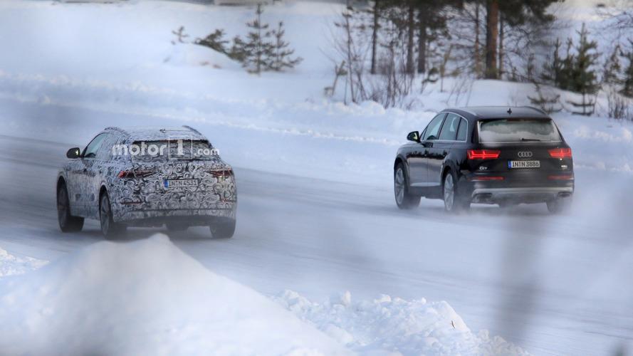 Audi Q8, Q7 ile karda oynarken yakalandı