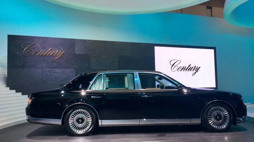 2018 Toyota Century Reveals Its Classic Design In Tokyo