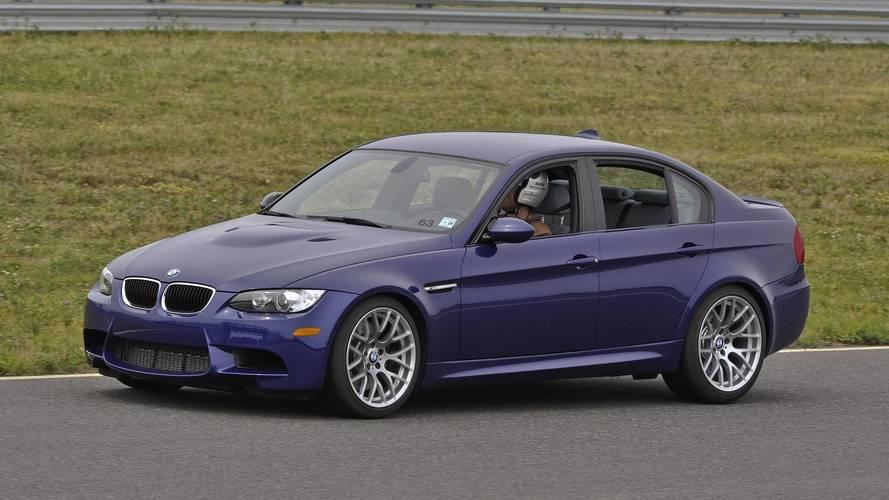 BMW, yangın riski dolayısıyla 1.4 milyon aracı geri çağırıyor