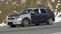 2016 Kia Niro spy photo