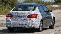 Nissan Sentra Facelift spy photo