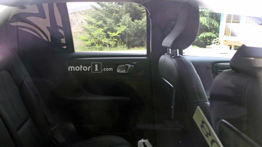 2018 Volvo XC40 spy photo