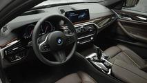 2017 BMW 540i Sport Line - Abu Dhabi Motors