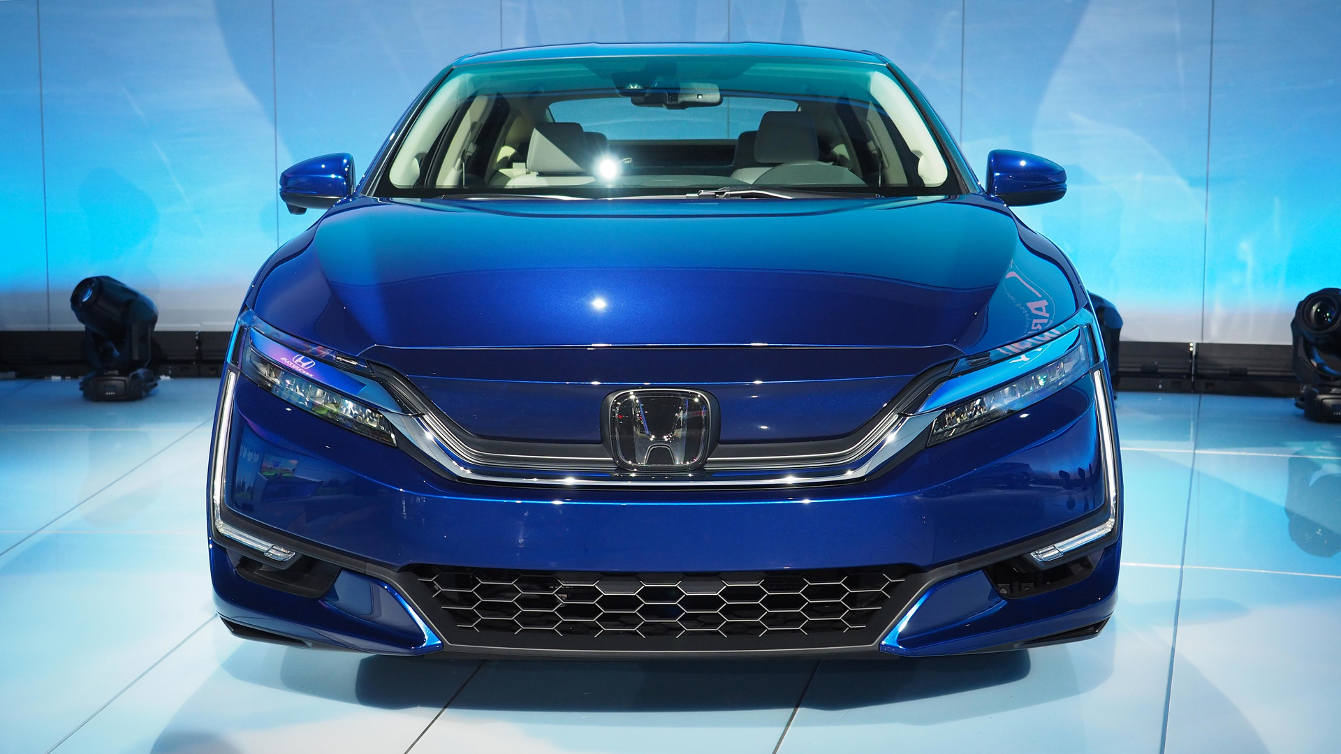 two honda evs to debut 2018 fully self driving cars by 2025. Black Bedroom Furniture Sets. Home Design Ideas