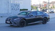 2018 Lexus LS casus fotoğraflar