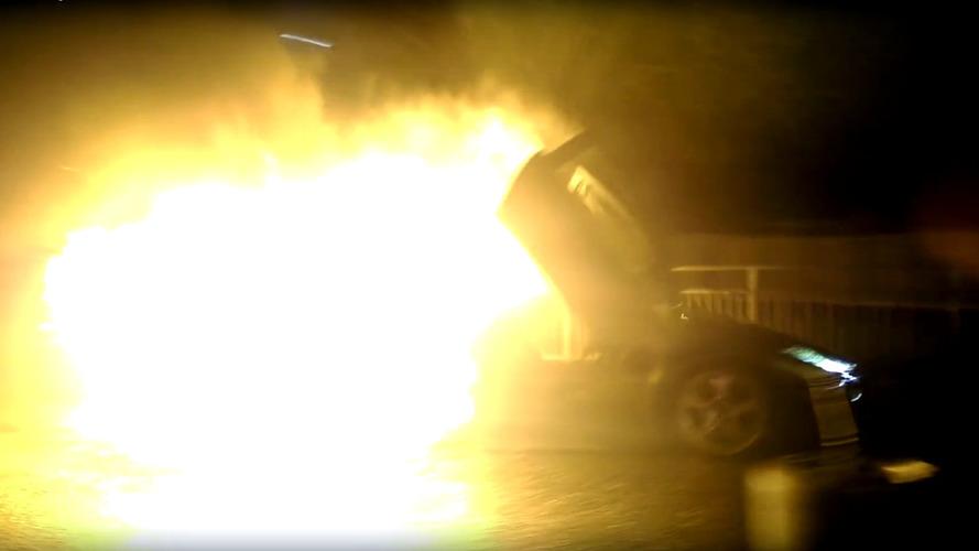 Lamborghini Murciélago burns after crash by intoxicated employee