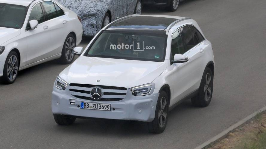 2019 Mercedes GLC facelift spy photos