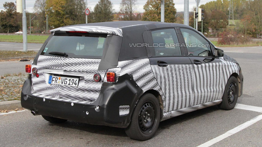 2012 Mercedes B-Class spied showing new camouflage