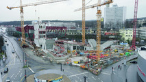 The construction of the new Porsche museum: the underground parking lot, first floor and second floor are made from reinforced concrete. The exhibition area above them is a steel construction. (February 2007)