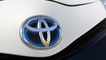 2013 Toyota Yaris Hybrid-R Concept 04.09.2013