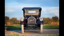 Pierce-Arrow Model 48 7-Passenger Touring