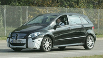 Mercedes B-Class Facelift Spy Photos
