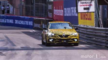 La nouvelle Renault Mégane 4 R.S. fait le buzz à Monaco