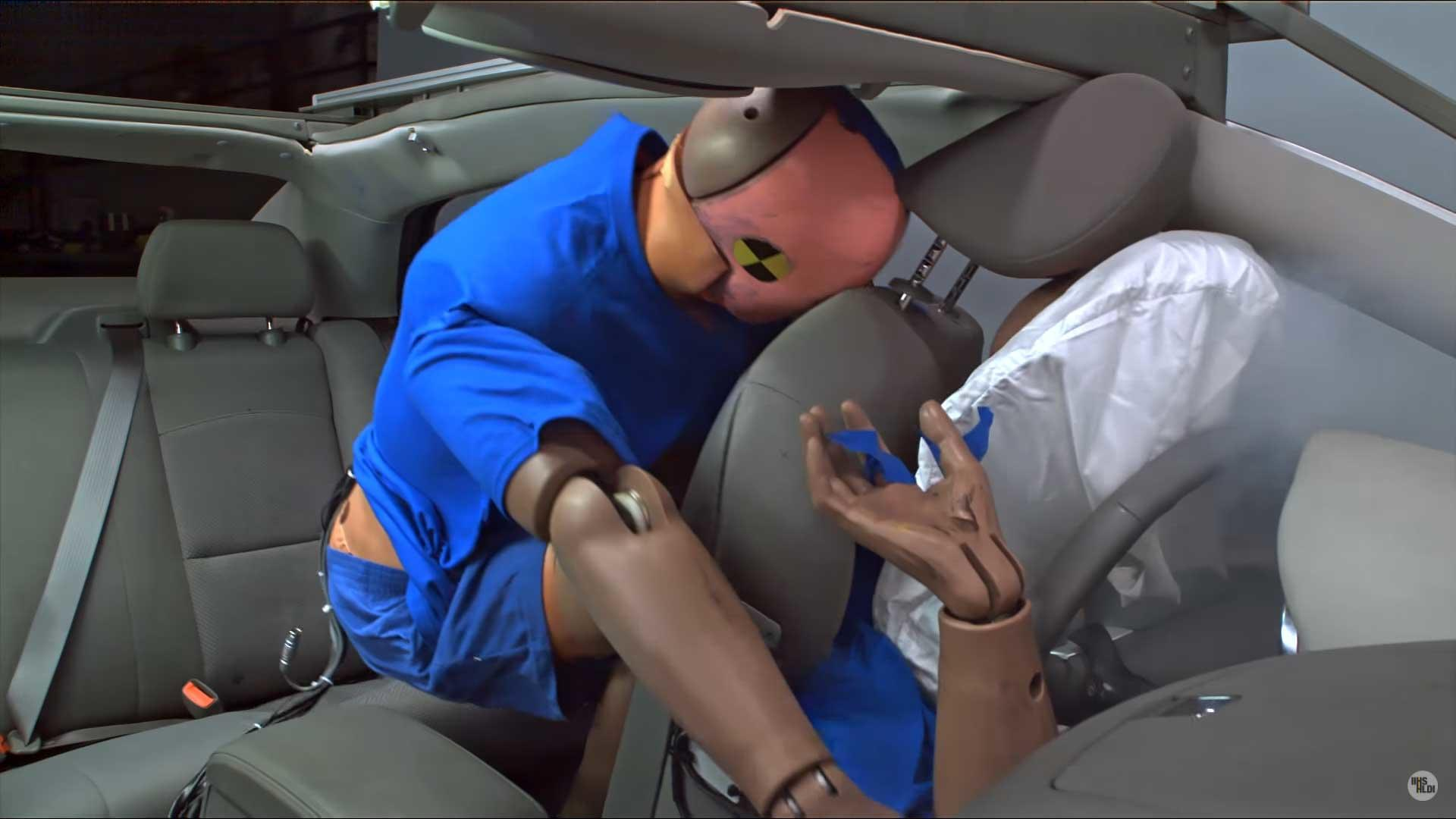 Study Shows People Aren T Buckling Up In The Back Seat