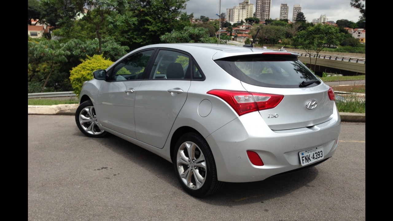 Hyundai i30 reestilizado e mais três novidades serão revelados dia 10